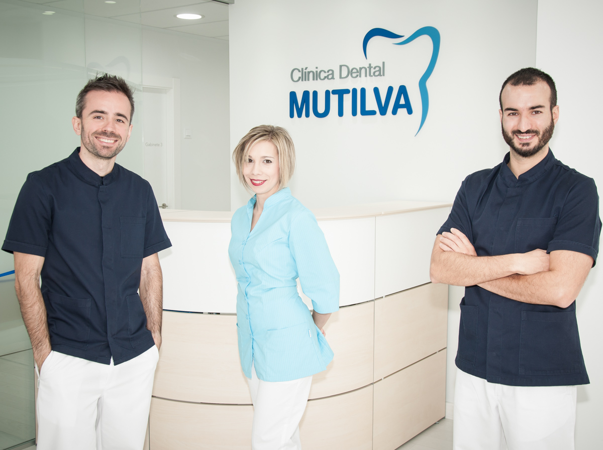 Cl nica dental mutilva comprometidos con tu salud - Clinica dental moderna ...