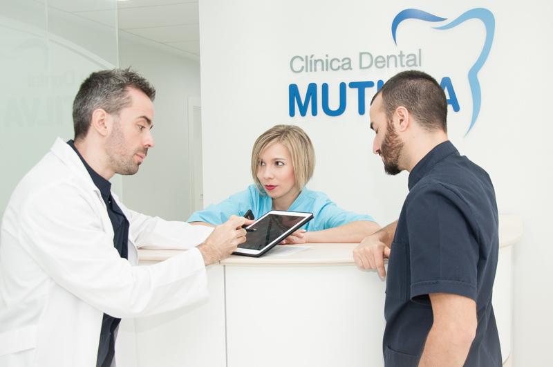 La cl nica cl nica dental mutilva - Clinica dental moderna ...